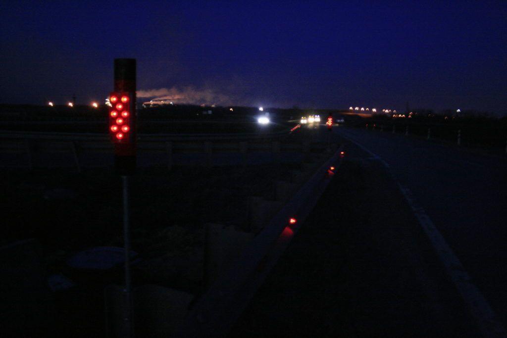 Фонарь дорожный Ф6 с питанием от земляной батареи
